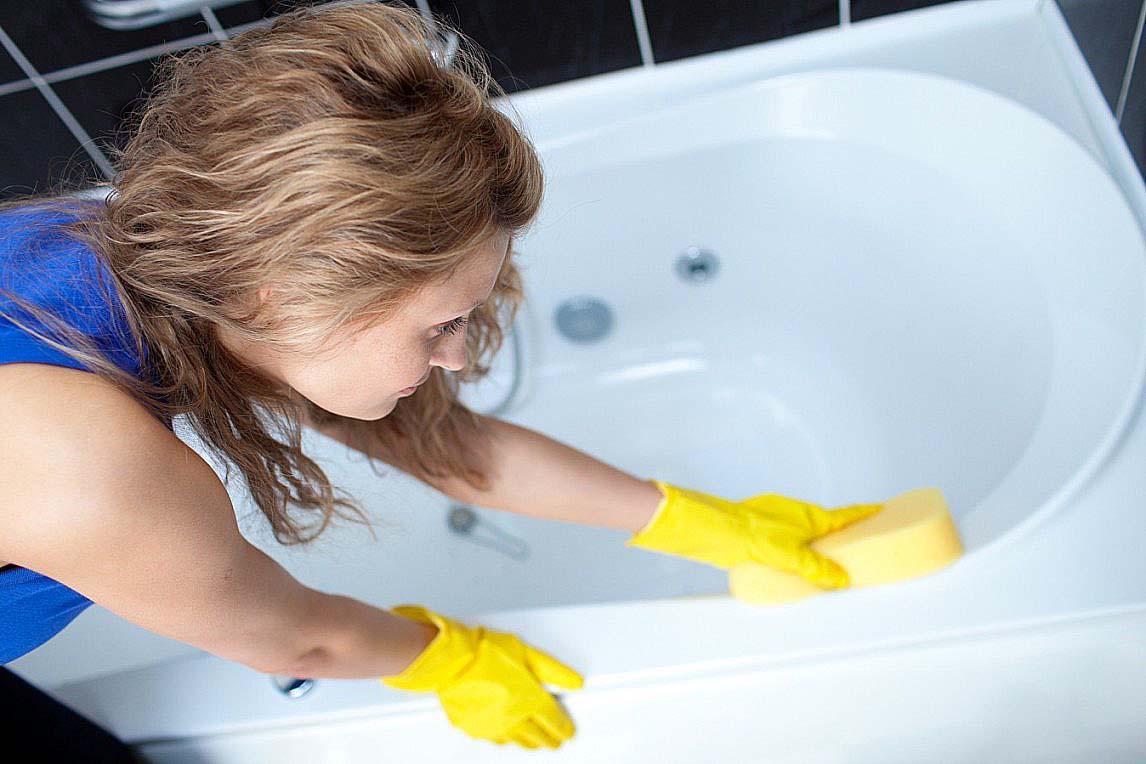 Как очистить ванну в домашних условиях: 10 народных средств