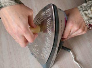 Как очистить керамическую подошву утюга от пригара в домашних условиях